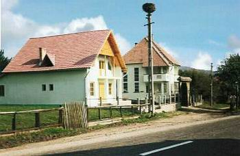 http://www.romanianaccommodation.ro/Photos/Vlahita185a1i.jpg